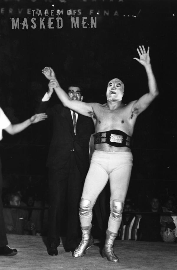Santo in Victory with belt